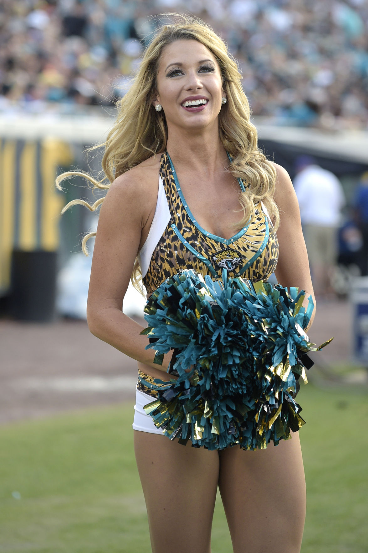 Photos: Cheerleaders | Galleries | tucson.com