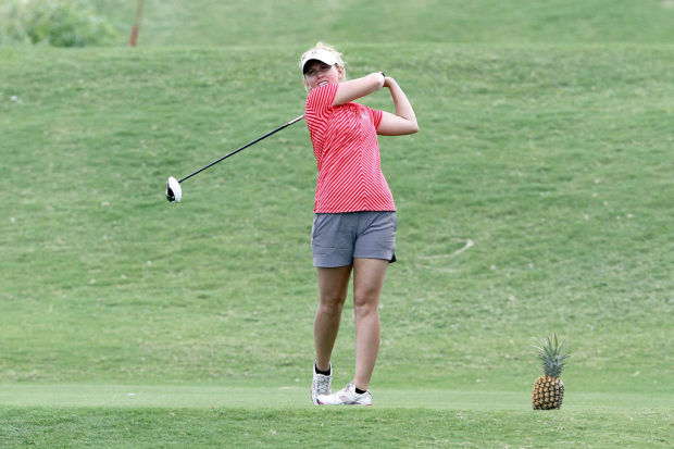 Arizona golf Patrick Finley: She perseveres in fairway of life
