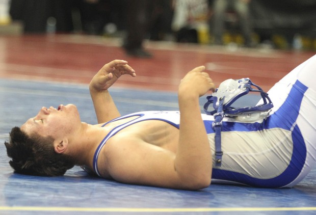 State Division I wrestling: Championship streak ends at 14 in a row for Sunnyside