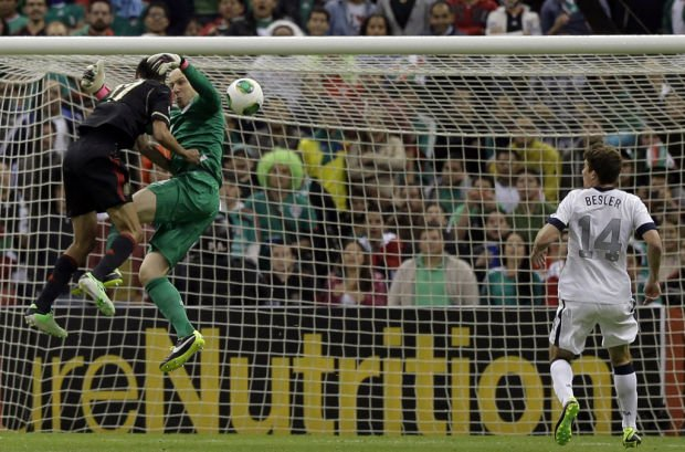 World Cup qualifying: USA 0, Mexico 0: Goalie helps Americans escape with tie