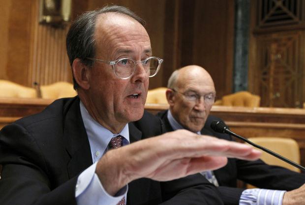 Bowles, Simpson unveil deficit plan