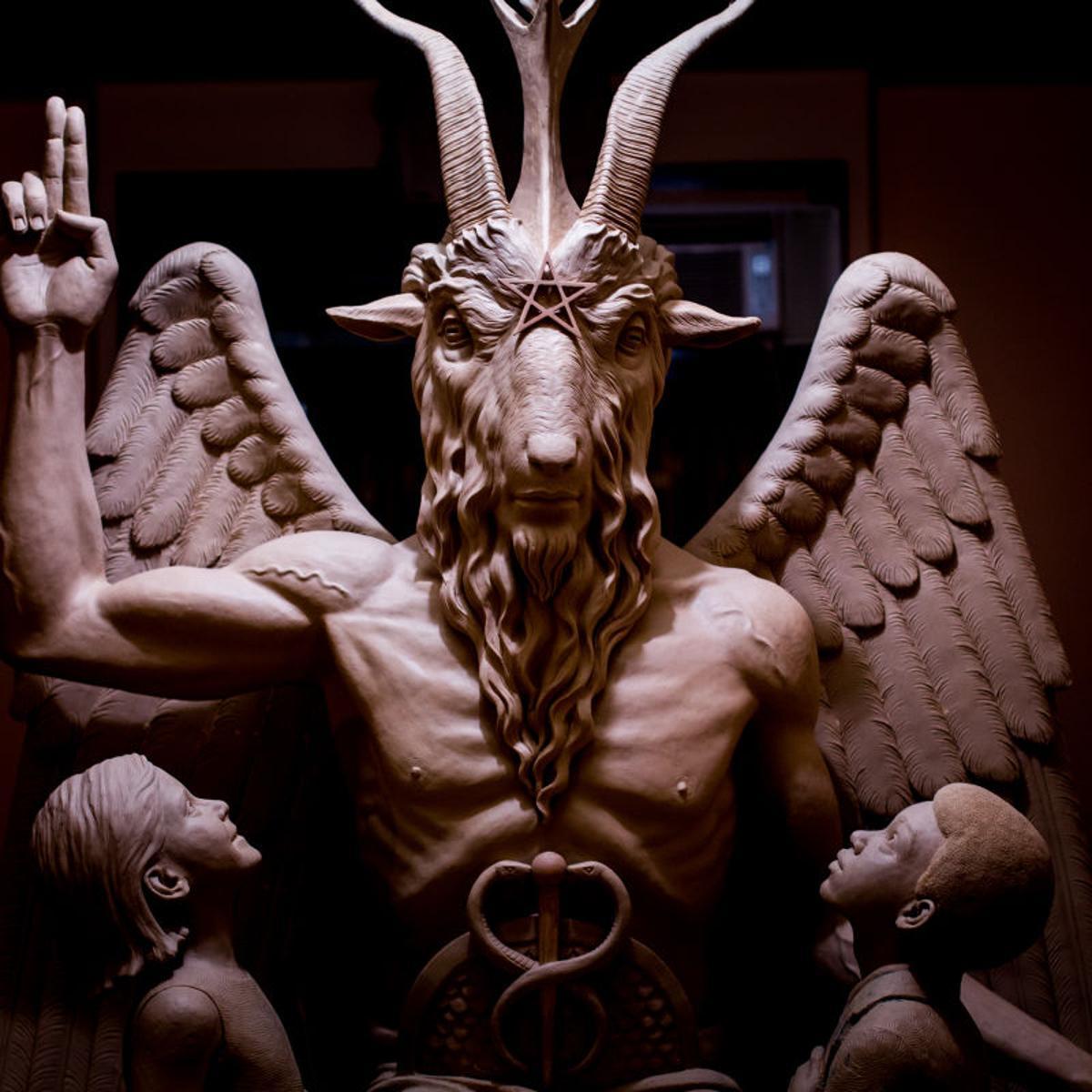 Phoenix Freaks Out Over Tucsonan S Satanic Prayer Latest Tim Steller Columns Tucson Com