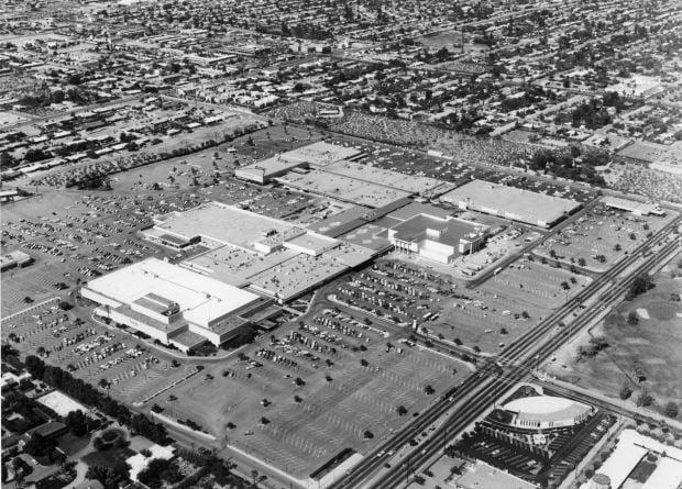 El Con Mall in 1978