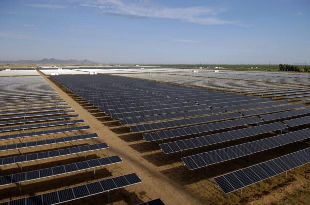 Salt River Project activates Arizona's largest solar array