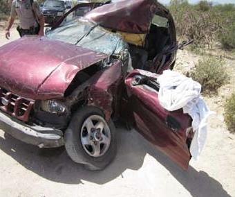 Marana woman killed, young son injured in car crash