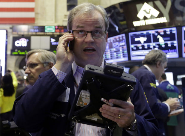 Stocks plummet in late trading, but May sustains 6 mos. of gains