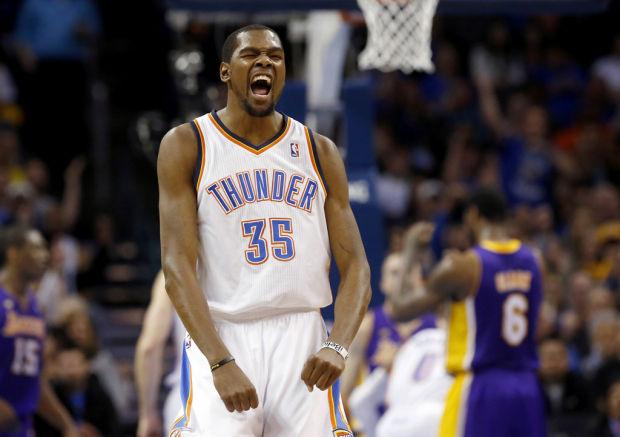 NBA: Thunder rolls; Kobe has scare