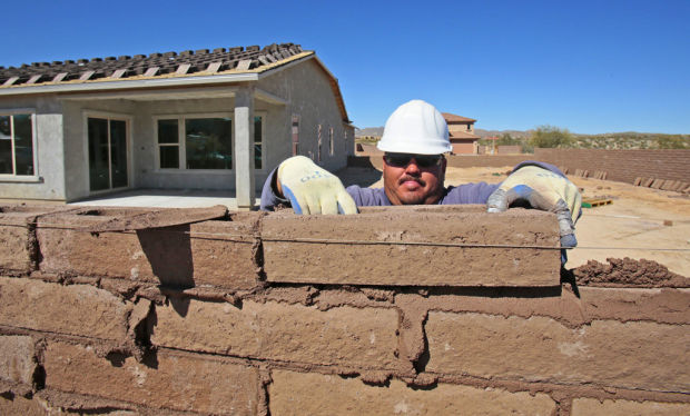 Far NW Tucson new-home market hot