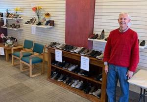 Tucson shoe store prepares to close its doors after 33 years of service