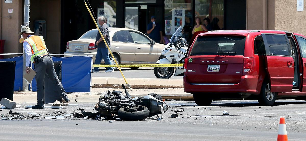 Tucson motorcyclist, 25, killed in crash with van | Local