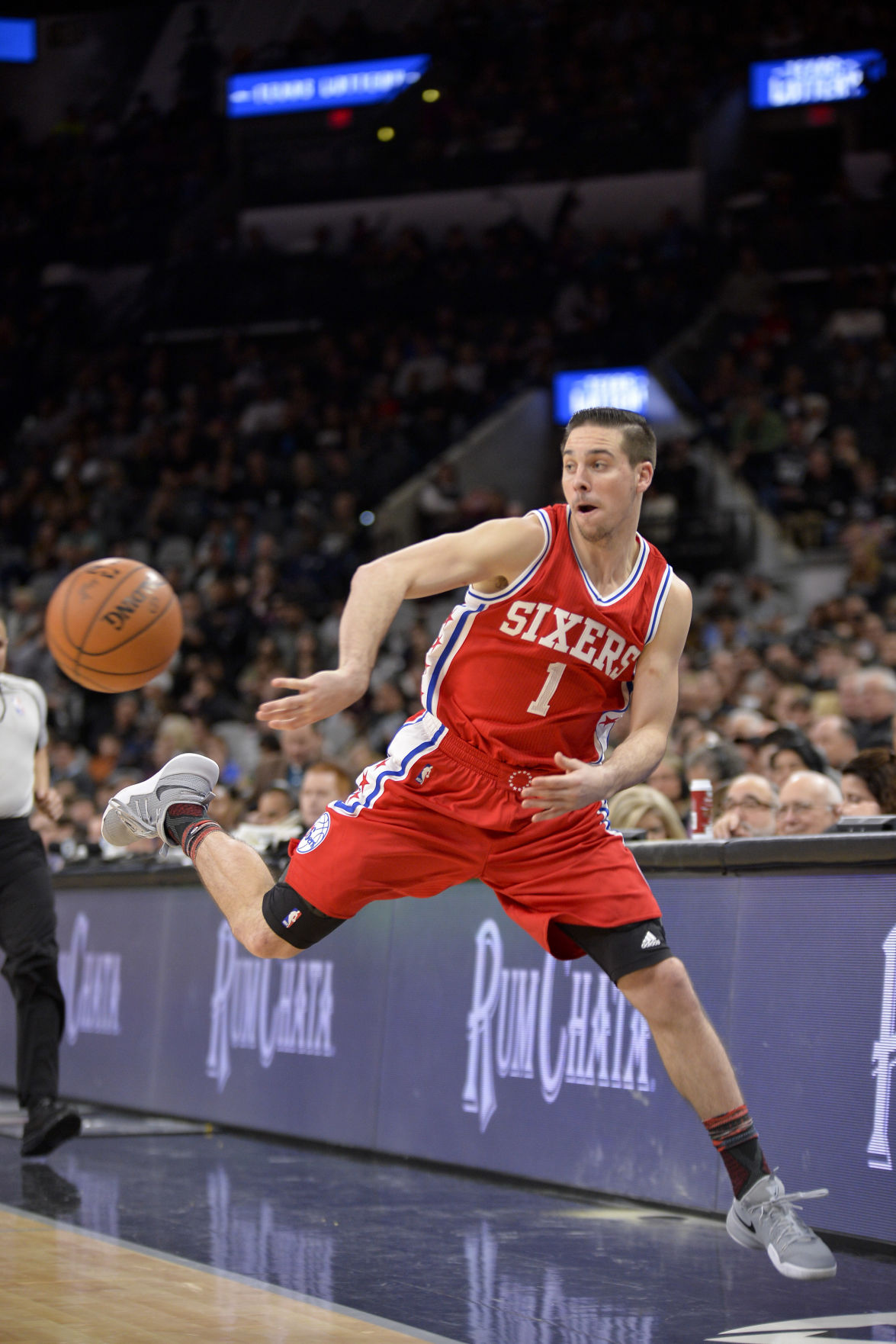 Ex-Wildcat watch: T.J. McConnell posts 10 points, 7 rebounds; D-Will waived | Wildcats | tucson.com