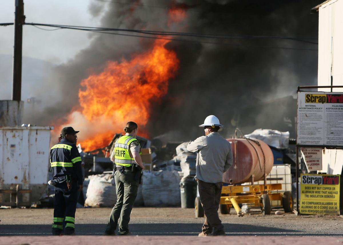 Photos: Scrap yard fire in Tucson | Photography | tucson.com