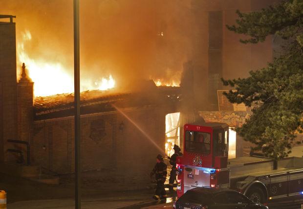 Official: Gas explosion, blaze injure 14, destroy Kansas City restaurant