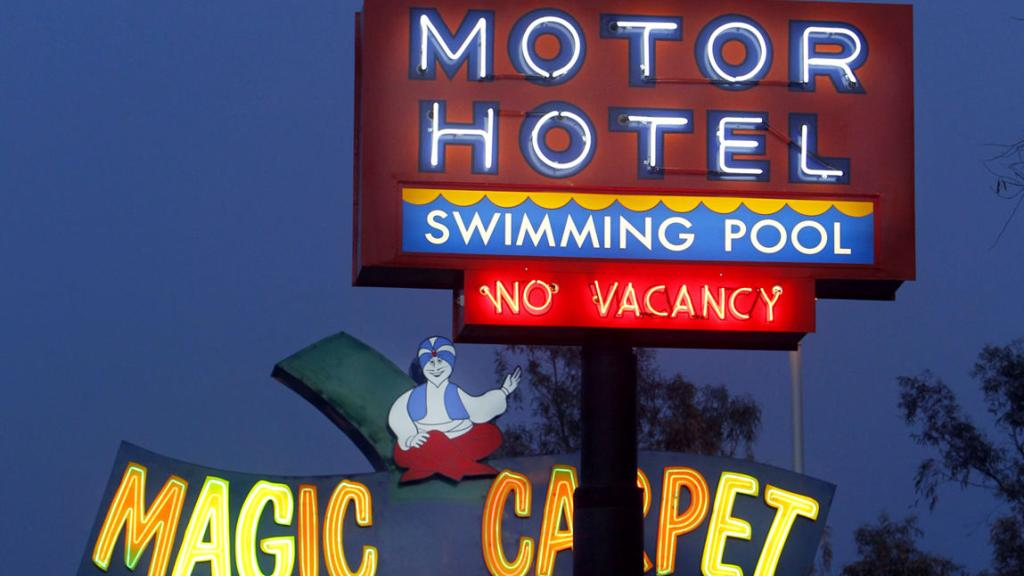 Throwback Thursday: Tucson's neon signs, past and present
