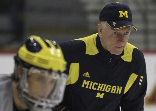 College hockey: Michigan, UMD face off for title