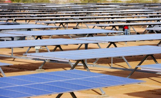 Solar-power buildup going large-scale across Arizona