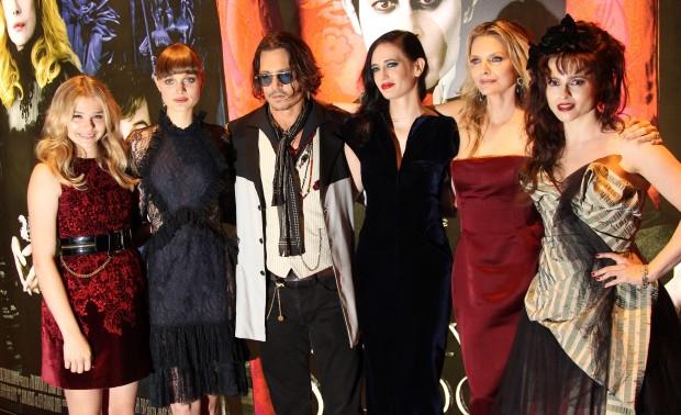 Chloe Moretz Johnny Depp Michelle Pfeiffer Helena Bonham Carter Bella Heathcote Eva Green