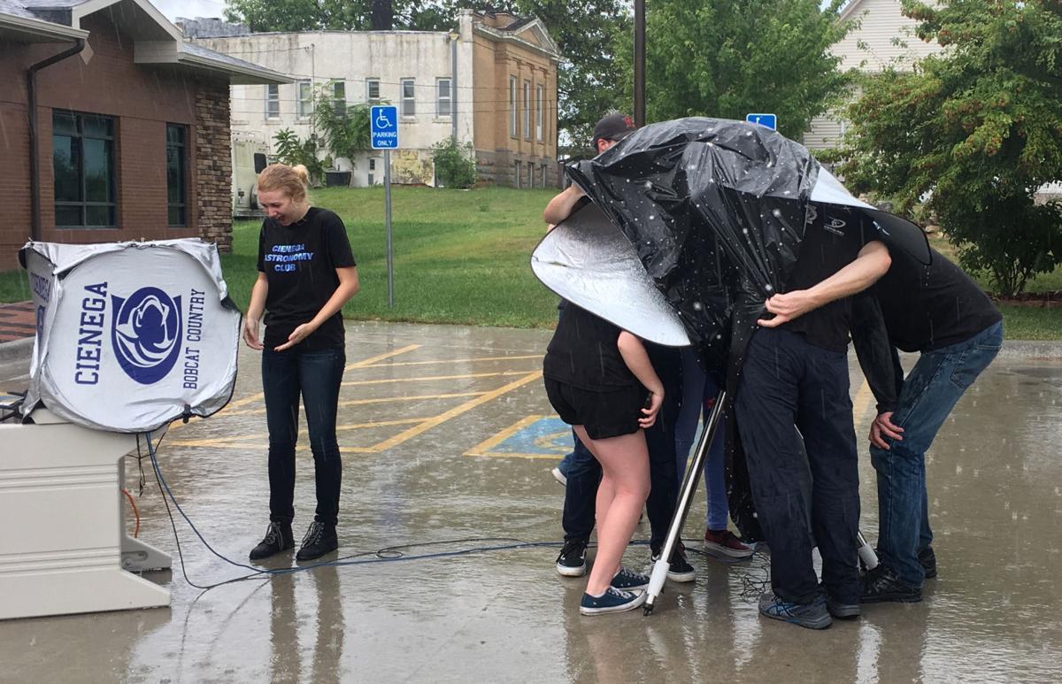 Cienega students view eclipse