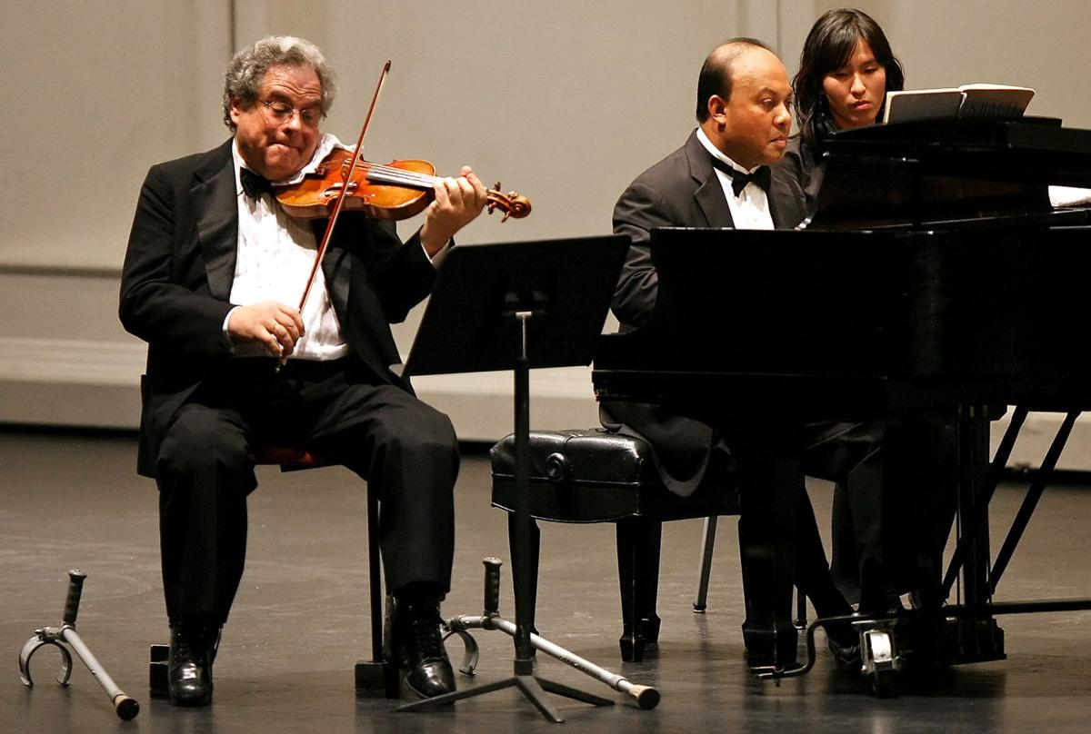 Itzhak Perlman at Centennial Hall