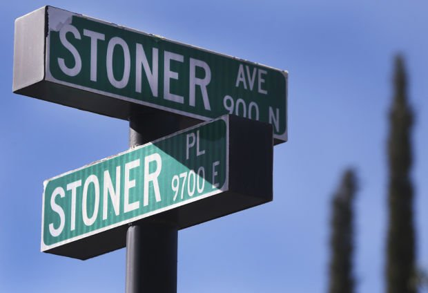 Stoner Avenue and Stoner Place