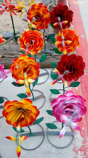 lawn art roses.JPG
