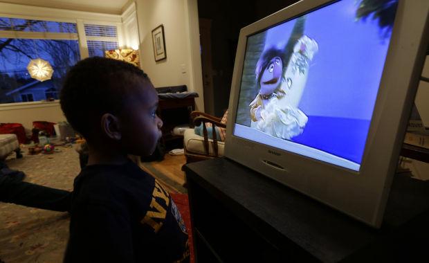 TV no violenta mejora comportamiento de los niños