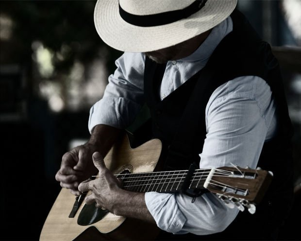 Roy Rogers to play blues festival