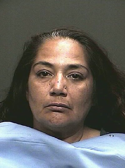 Tucson woman arrested in bomb scare