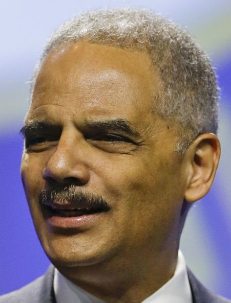 Holder, in Fla., criticizes stand-your-ground laws