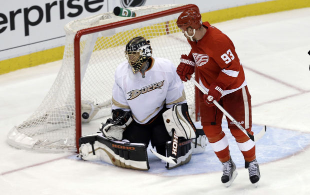 NHL playoffs: Detroit's OT win forces Game 7