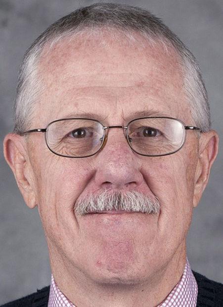 Greg Hansen: Modest Dudd kept sports info engine purring at UA