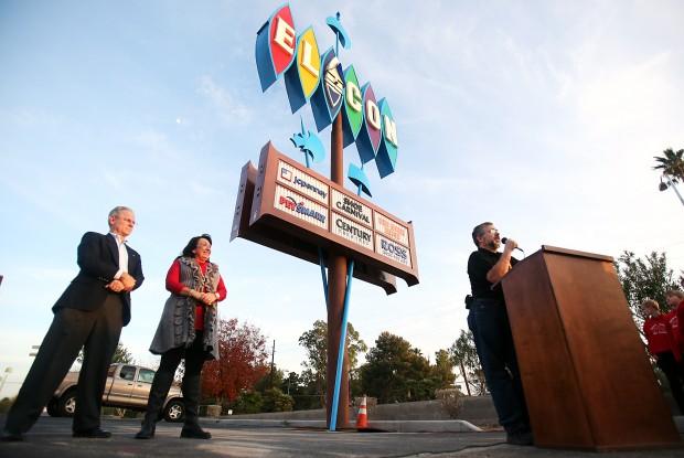 Star Auto Parts >> Photos: El Con Mall sign relighting