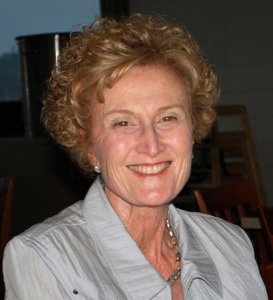 Philanthropist, ex-AZ regent Esther Capin dies