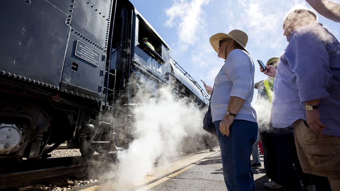 Photos: Historic steam locomotive No. 4014 visits Tucson