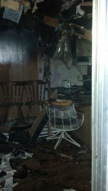 Neighbor's 911 call saves disoriented Tucson man in house fire