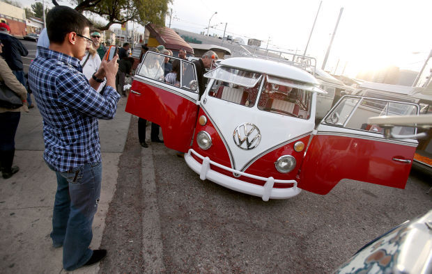 Th Ave VW Bus Show Is A Holiday Tradition Entertainment Tucsoncom - Car show tucson today
