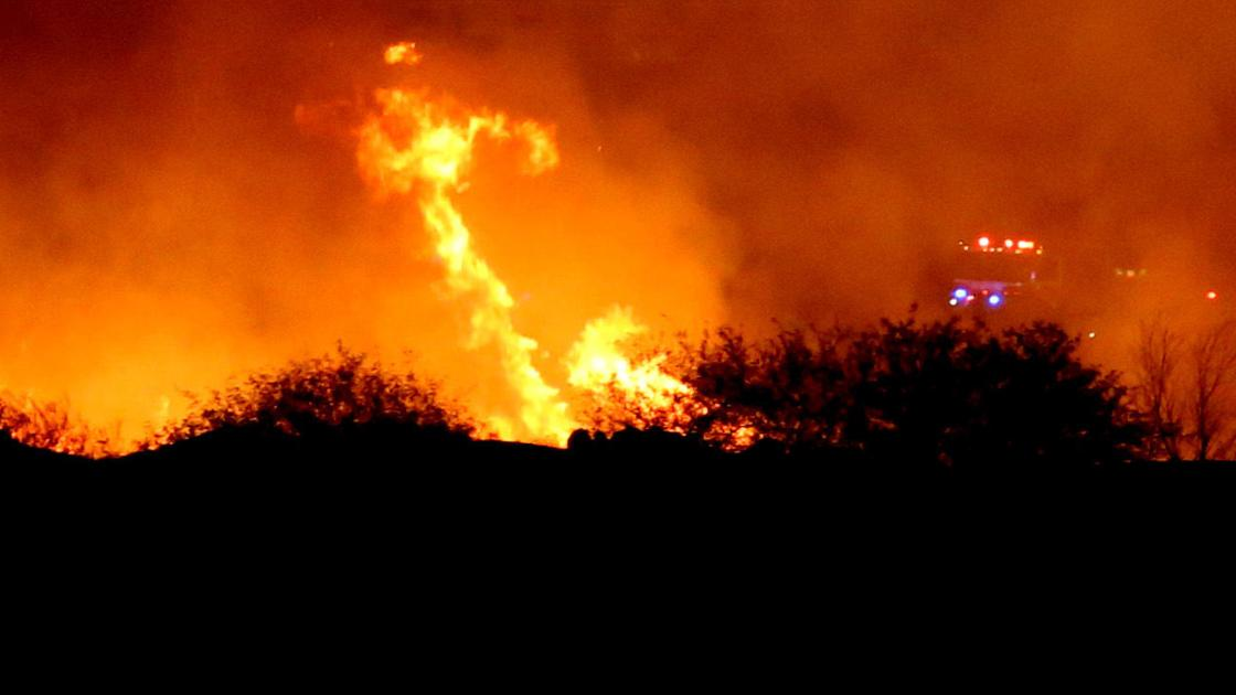 19 active fires burning in Arizona, red flag warning issued in Tucson area
