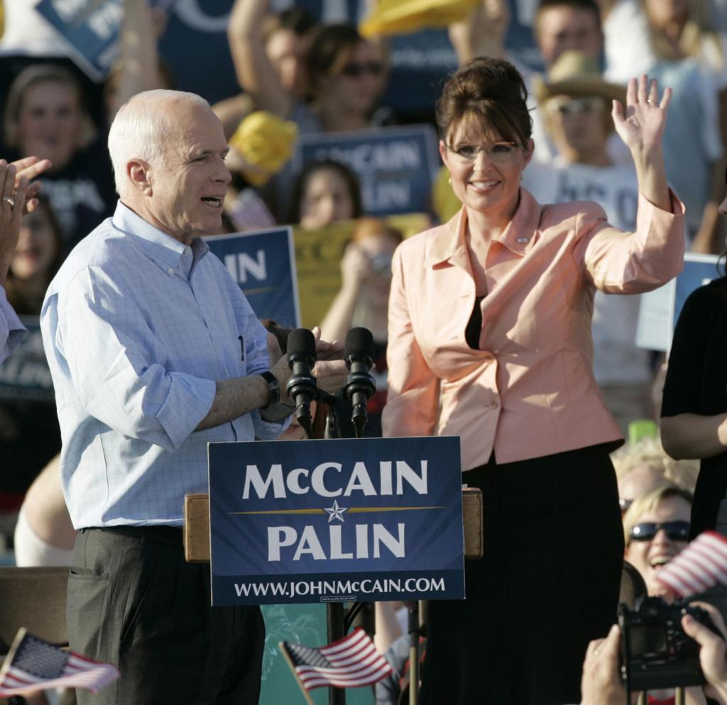 Arizona Sen  John McCain's life in photos   Local news