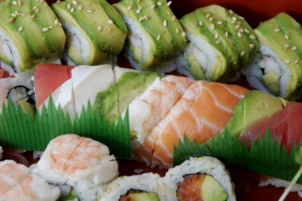 Lovely Tucson Restaurant Review : Sushi Garden Has Large Selection