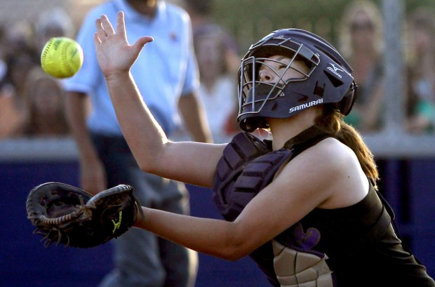 Softball: Sabino 10, Cienega 6: Big third inning lifts Sabercats to crucial victory over Cienega