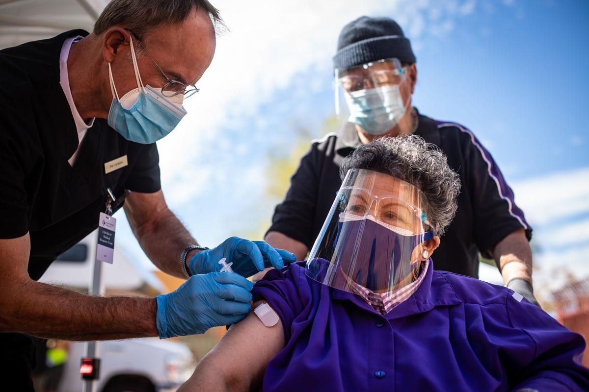 Clínica móvil de vacunación (LE)