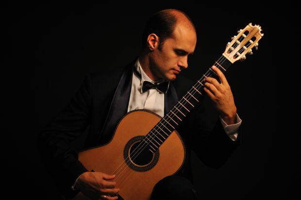Russian guitarist comes to Tucson
