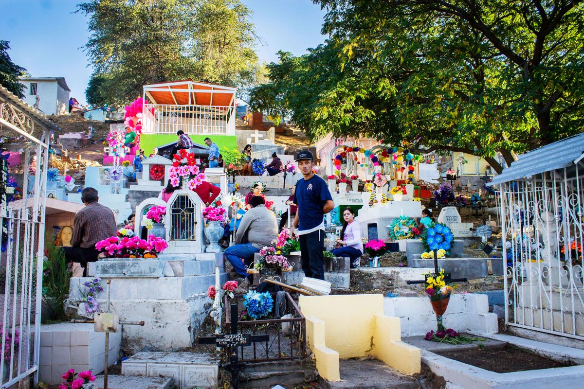 Nogales cemetery on Dia de Muertos