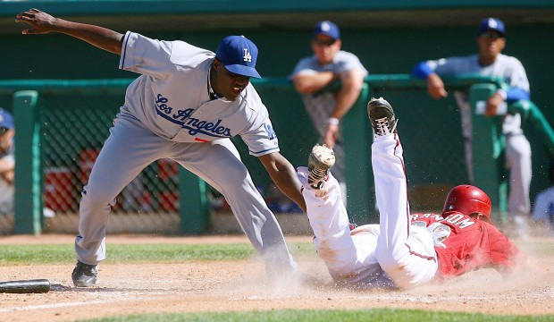 Charity game in Tucson: D-backs 6, Dodgers 3: Teams 'honored' to play in game