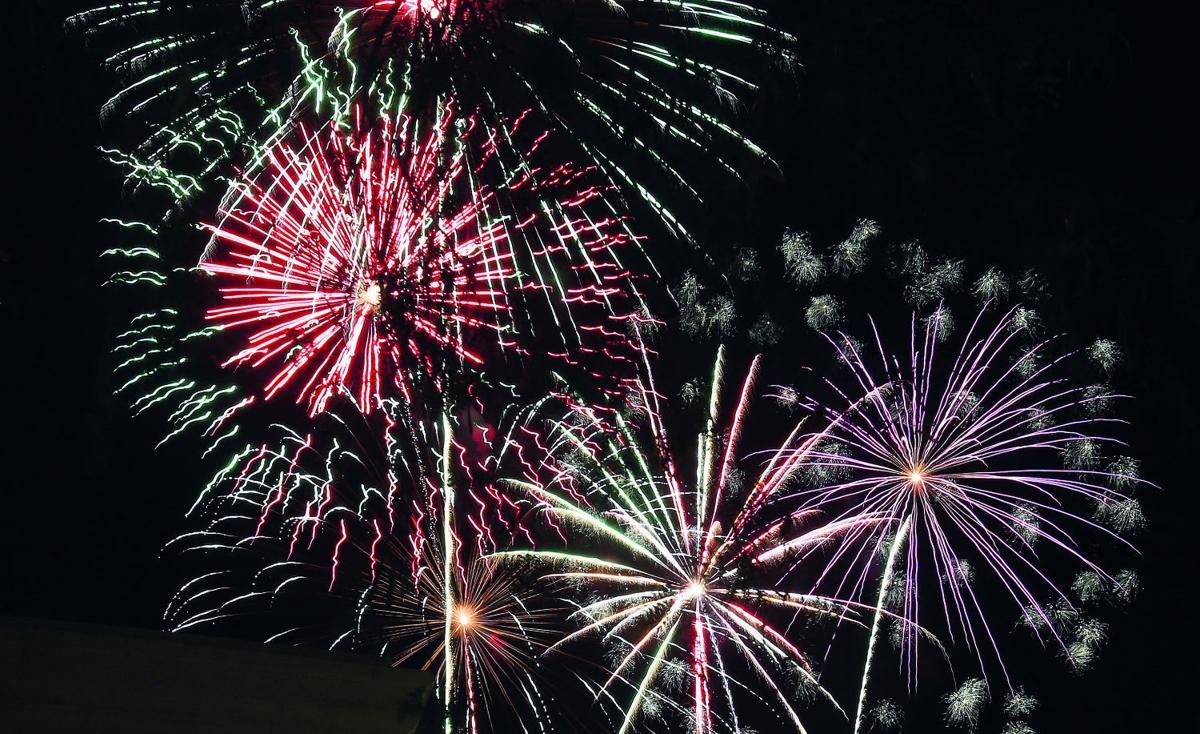070416-news-fireworks-p1