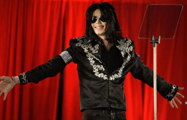 Médico de Michael Jackson no estaba calificado: experto