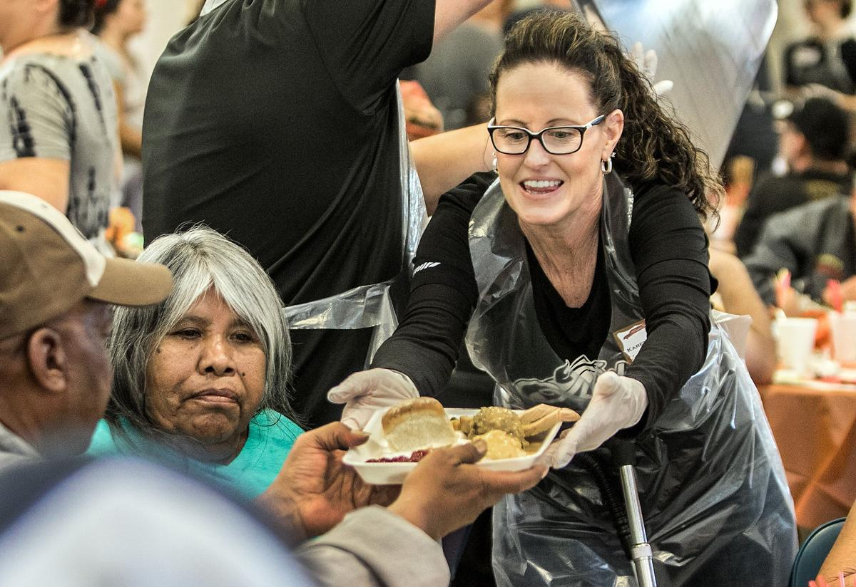 Photos Salvation Army Thanksgiving Meal 2017 Local News