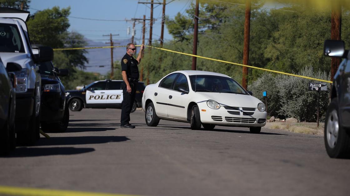Tucson police: Woman shoots 2 intruders dead