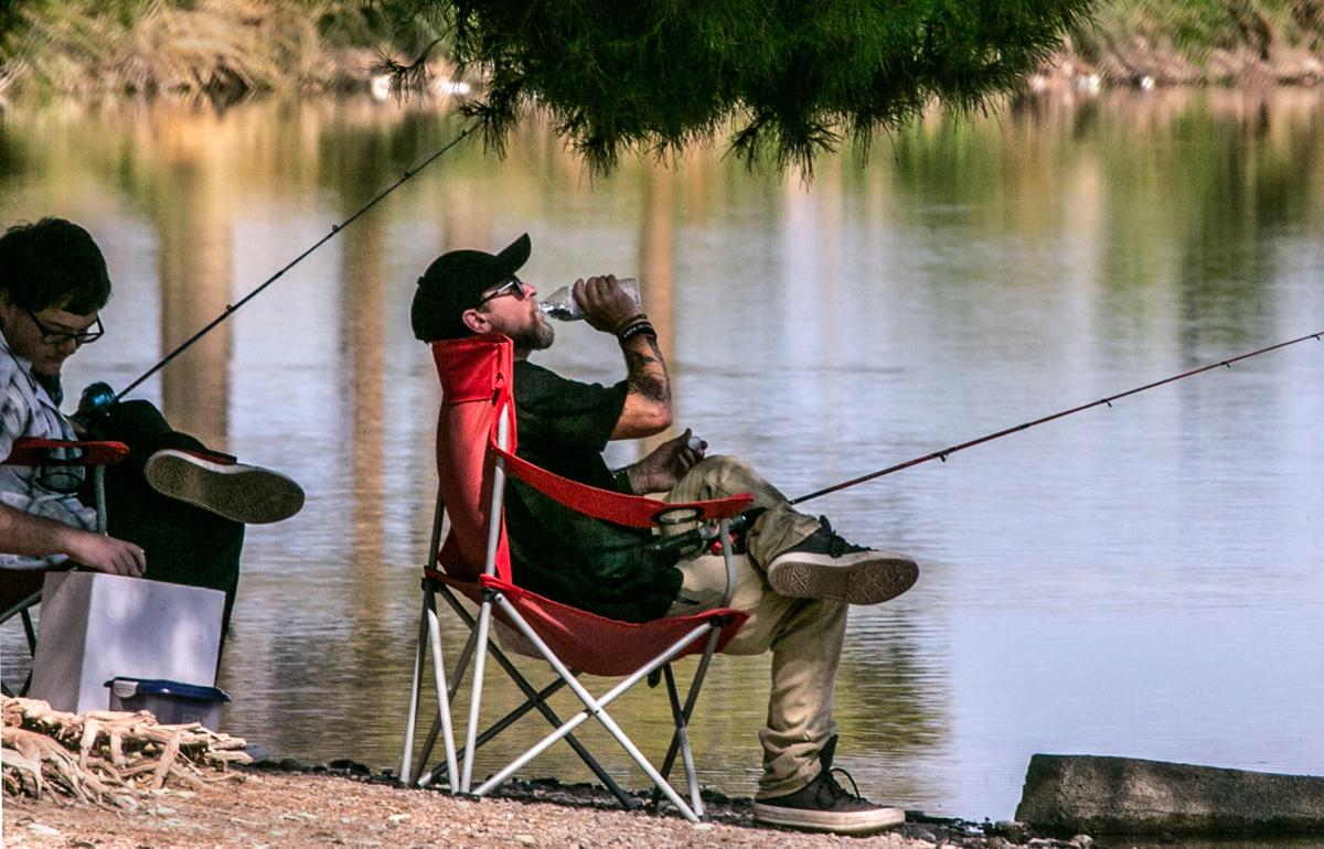 Hot fishing (copy)