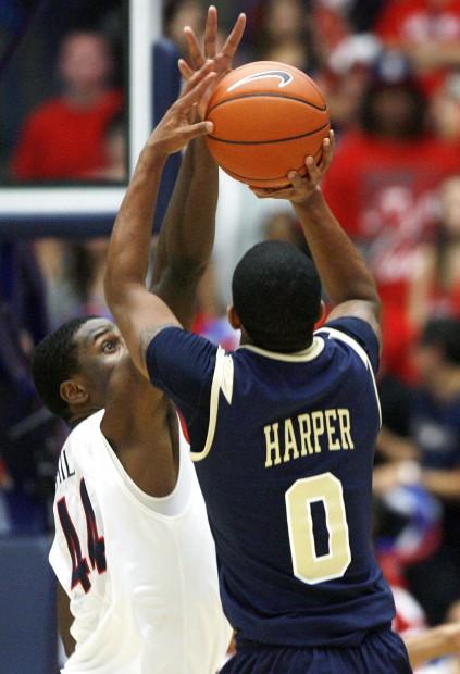 Arizona Basketball:  Wildcats 82, Charleston Southern 73